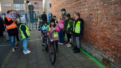 Kom te voet of met fiets naar school en verdien digitale munten: Schelle start met beloningssysteem Buck-e voor leerlingen