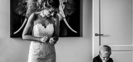 Renske (31) uit Twello won met deze foto de Bruidsfoto Award: 'Minuten wachten op het juiste moment'