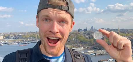 Vlogger Enzo Knol vindt eigen munt 'fucking bizar'