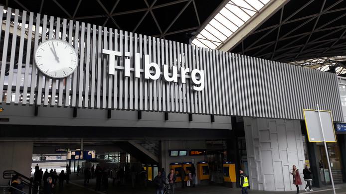stockbd NS station Tilburg