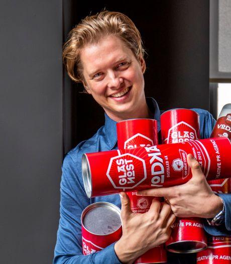 Hoe het jongensboekavontuur van Wouter (37) begon met internet in de bieb van Nieuwegein