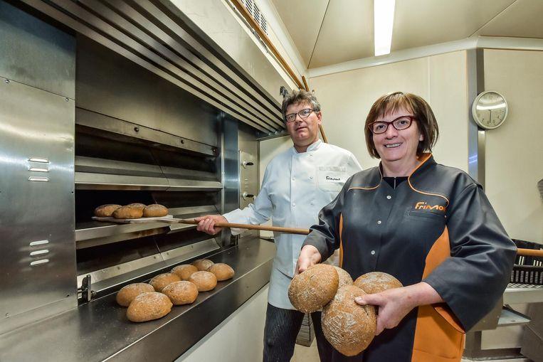 Bakker Gabriël Frimout en echtgenote Ilse Maertens pakken uit met een nieuw product: 't Wervikaantje.