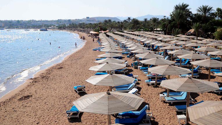De stranden van Sharm-el-Sheikh in Egypte liggen half april weer vol toeristen.