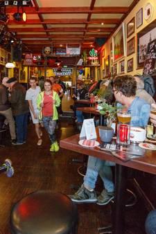 Biertocht langs vijf cafés in binnenstad Roosendaal