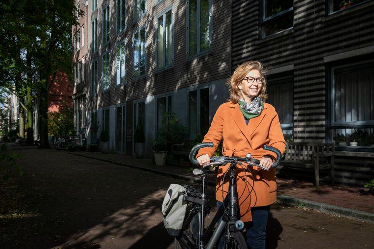 Hoogleraar Martine de Bruijne op de Laagte Kadijk.  Beeld Dingena Mol