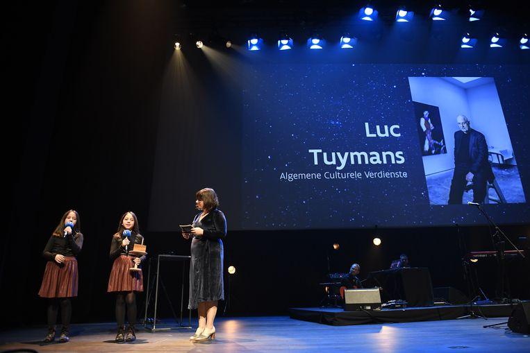 Luc Tuymans stuurde zijn kat naar de uitreiking van de Ultimas.