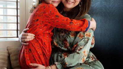 """Toen het dochtertje van Kim kanker kreeg, schrok ze van het povere ziekenhuiseten: """"Wanneer je vecht voor je leven heb je goede voeding nodig"""""""