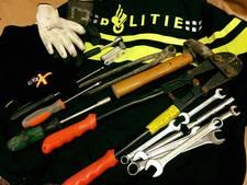 Aaltenaar met inbrekerswerktuig opgepakt door politie Winterswijk