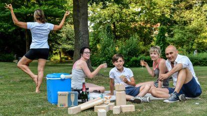 Zele Picknickt in Park Peeters