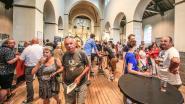 Nieuw bierfestival palmt Romaanse kerk in, ook vandaag valt er nog wat te proeven