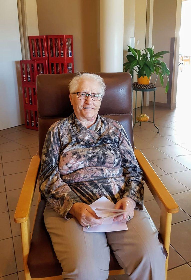 Maria van woonzorgcentrum Czagani krijgt post.