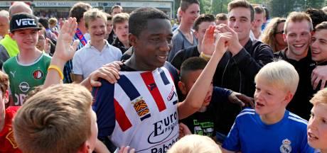 Ook amateurclubs staan eerste minuut stil tegen racisme