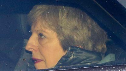 391 stemmen tegen brexitakkoord: May moet alweer afdruipen