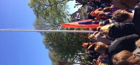 Koningsdag in Poederoijen: 'Vandaag is iedereen eensgezind'