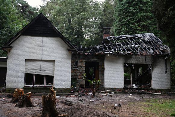 Het huis werd helemaal verwoest.