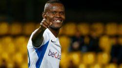 Hoge vraagprijs Genk schrikt geïnteresseerde clubs af: 16 miljoen euro voor Samatta, 25 voor Berge