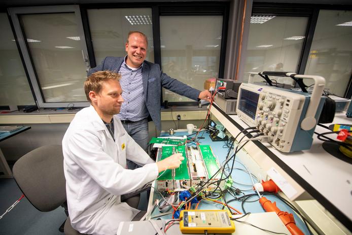Op de foto Martin Kattier (staand) en Marc Stroobach