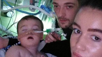 """Ouders spreken van """"executie"""" nu rechter datum prikt waarop 23 maanden oude Alfie uit lijden wordt verlost"""