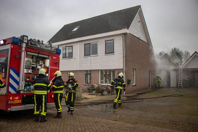 Brand in de Burgemeester Scholtenlaan te Andel