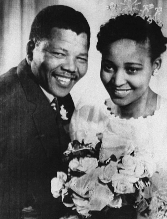 Winnie en Nelson Mandela trouwden in 1958.