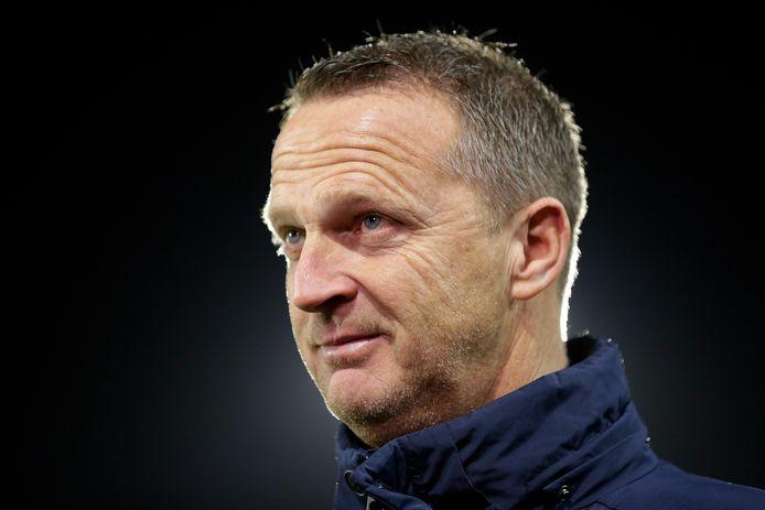 De nieuwe trainer van FC Utrecht, John van den Brom