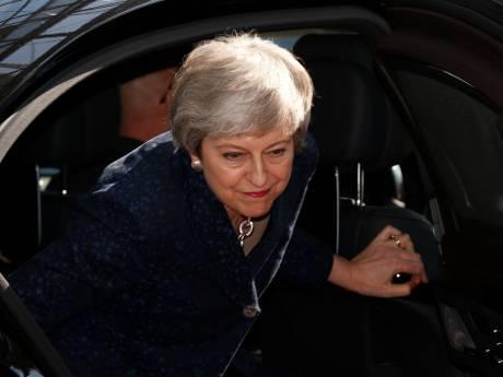 EU na urenlang beraad: May krijgt klein beetje brexituitstel