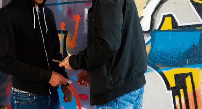 De politie hield donderdag in Helmond een actiedag waarbij vier verdachten werden aangehouden voor betrokkenheid bij drugsdealen.