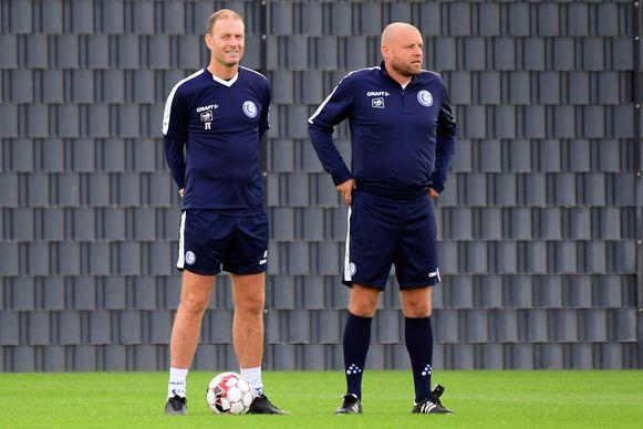 Dupré, hier recht van Gent-coach Thorup.
