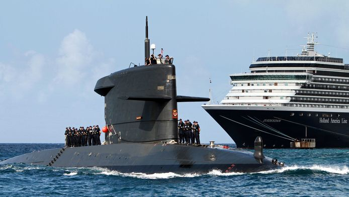Het kabinet wil vier nieuwe onderzeeboten aanschaffen. De huidige vaartuigen, zoals de Zr.Ms. Dolfijn, zijn in 2025 na 35 jaar dienst aan het einde van hun levensduur.