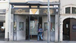 Overvaller in Armani-pak krijgt 12 jaar cel voor zes gewapende overvallen op juweliers