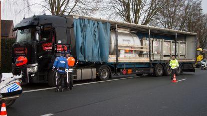 Ruim kwart van vrachtwagens met gevaarlijke producten niet in regel met voorschriften