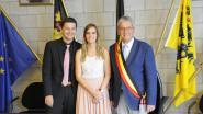 Huidig burgemeester Stefaan Devos voltrekt het huwelijk van toekomstig burgemeester Kristof Mollu
