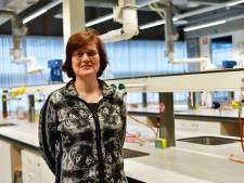 Scheikundedocent Heerbeeck College in Best wint onderwijsprijs: 'Een docent moet gewoon goede uitleg kunnen geven'