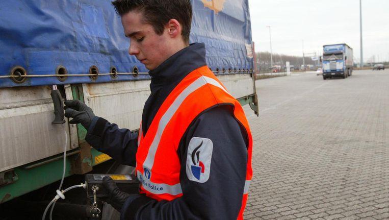 Archiefbeeld van controles tegen mensensmokkel in de haven van Zeebrugge.