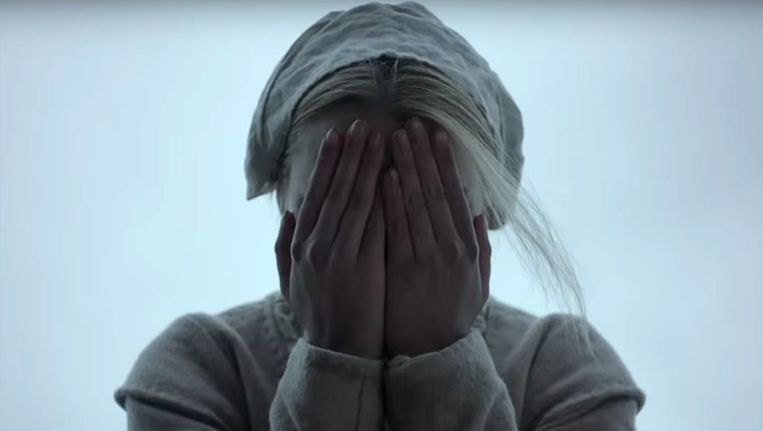 Anya Taylor-Joy als Thomasin in The Witch. Beeld
