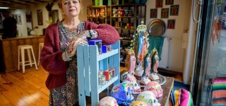Kleur op je huid en kleur in je huis: tattooshop Inkkitchen in Hengelo verkoopt het allemaal