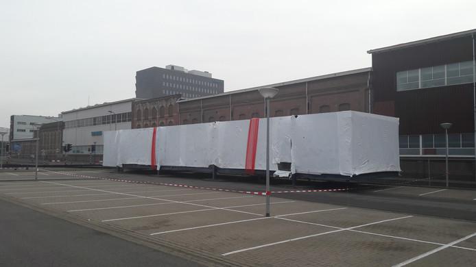 bd98b3267e7 Het PET Paviljoen staat sinds zaterdagmorgen op de parkeerplaats van het  ROC van Twente in Hengelo