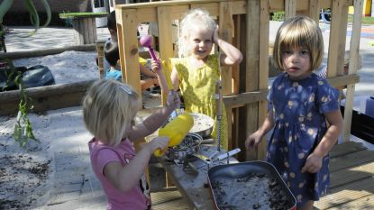 EERSTE SCHOOLDAG: nieuwe kleutertuin voor de kindjes van Het Toverpotlood