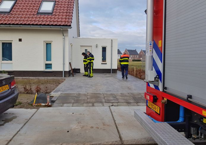 De brandweer rukte dinsdagmorgen uit naar Berkel-Enschot.
