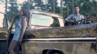 Sasha en Davy zingen over relatiebreuk