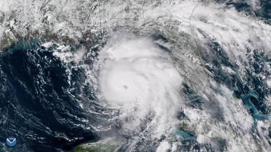 Michael had slechts 40 uur nodig om uit te groeien van tropische storm tot een orkaan van klasse 4.