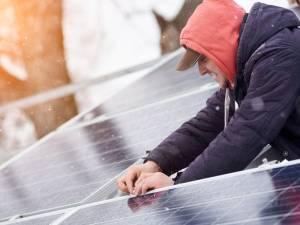Les panneaux solaires sont-ils rentables en automne et en hiver?