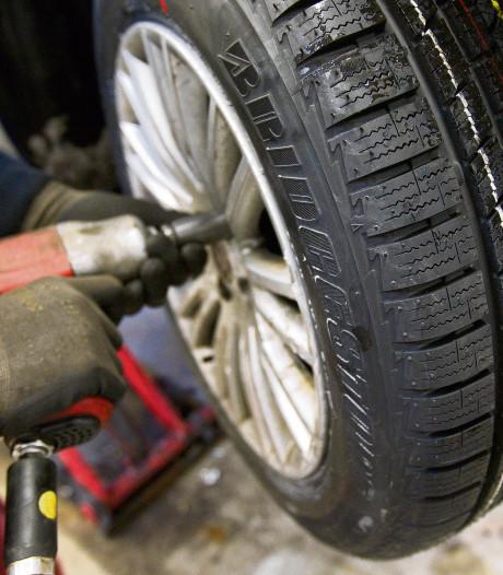 Controle autogarages in Enschede: gros heeft zaken piekfijn voor elkaar