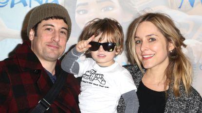 """Actrice geeft toe: """"Ik heb mijn zoontje laten vallen, hij lag met schedelbreuk op intensieve zorgen"""""""