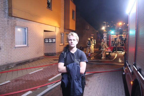 Ilke Maelbrecq bracht de bewoonster van de eerste verdieping in veiligheid.