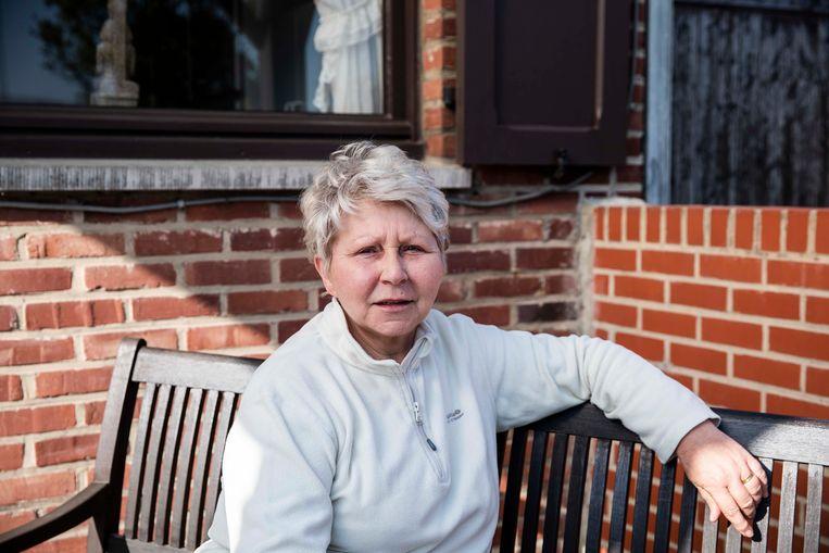 Jeannine gaat voor de twaalfde keer een marathontocht te voet doen waarvan de opbrengst gaat naar de strijd tegen kanker en ondersteuning van gezinnen met kinderen die kanker hebben.  Straks stapt ze voor de elfde keer van Küssnacht naar Hoeselt, een trip van 800 kilometer.