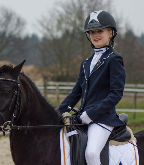Mila en pony Devon uit Lage Mierde: kampioensduo van de dressuur