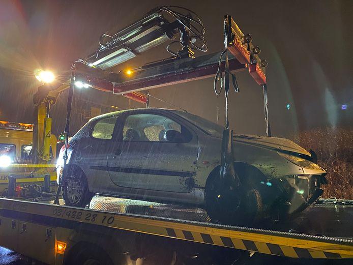 Het ongeval gebeurde vannacht, rond half 3, op de Uilenbaan in Wommelgem.