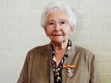 Koninklijke onderscheiding voor Maria Bouman-Kerkwijk uit Wijk en Aalburg