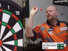 Van Barneveld klopt eeuwige rivaal: 'Net geen negendarter, dat was leuk geweest'